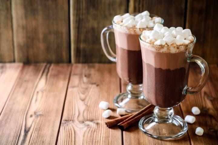 ¿Cómo hacer un chocolate caliente saludable?