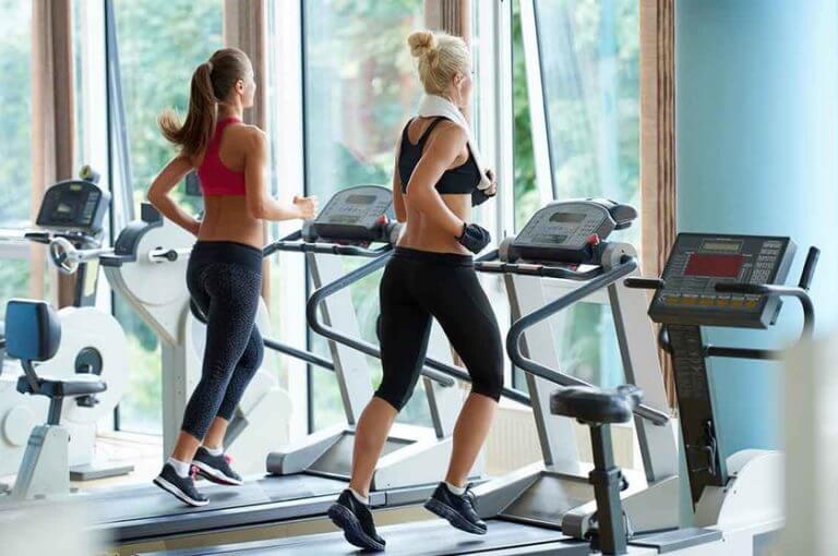 5 errores cometidos en la cinta de correr que sabotean tus entrenamientos