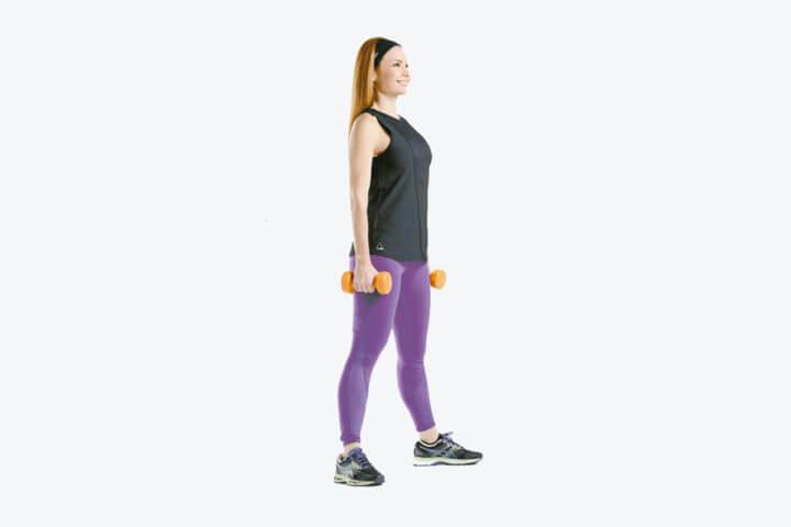 Rutina de ejercicios a intervalos con mancuernas