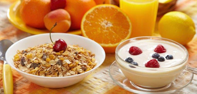 4 desayunos rápidos para runners