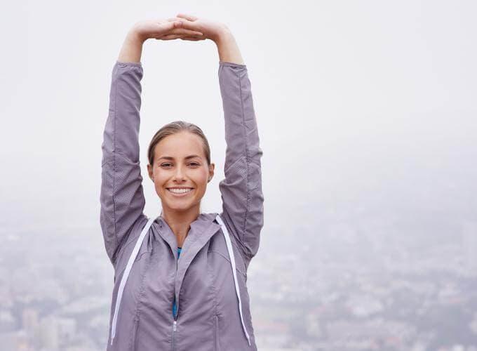 5 ejercicios para corregir la cifosis postural
