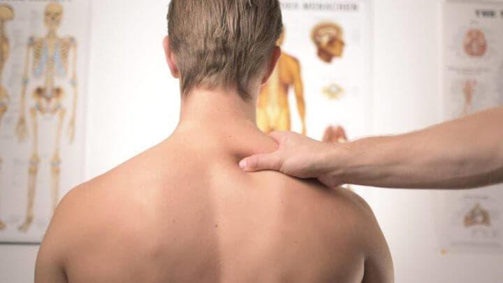 5 ejercicios para corregir una espalda redondeada