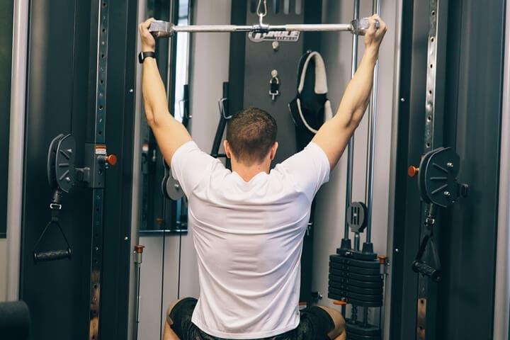Cómo ejercitar la espalda para una buena postura