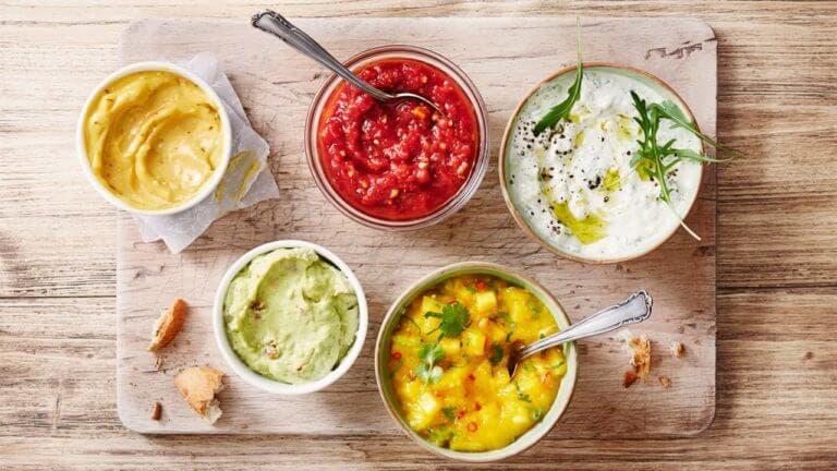 ¿Cómo preparar una salsa saludable?