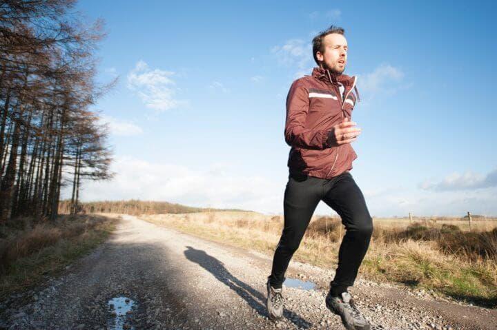 Cómo respirar adecuadamente mientras corres