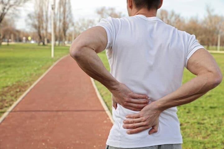 Por qué es importante ejercitar la espalda