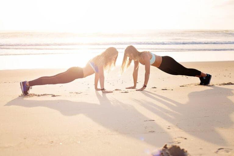 Rutina de flexiones para optimizar el entrenamiento de peso corporal