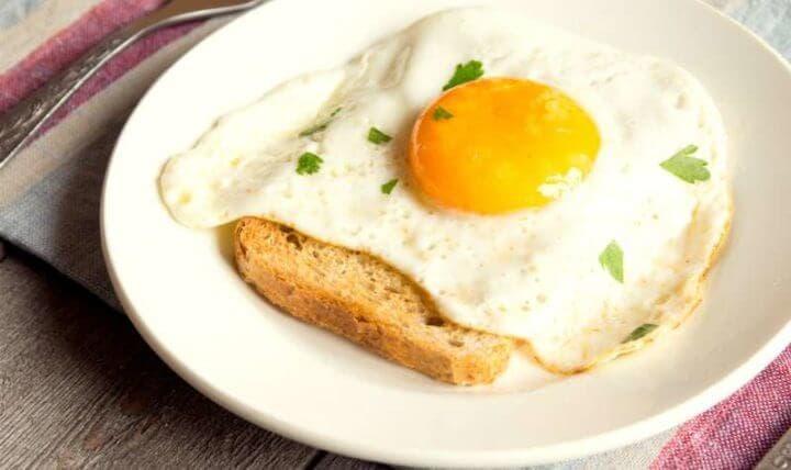 Cómo cambian los huevos luego de congelarlos