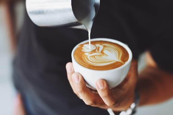 ¿El café comprado en tiendas contiene micotoxinas?