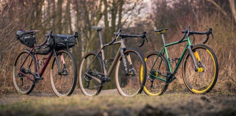 Las diferencias entre una bicicleta de grava y una de carretera