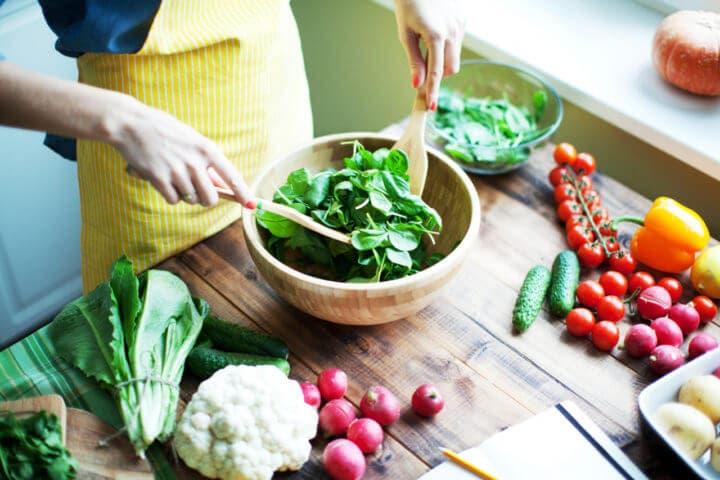 ¿Cómo saber cuál es la ensalada perfecta para perder peso?