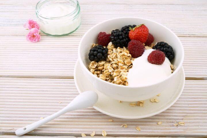 ¿Comer lácteos es malo para tus huesos?