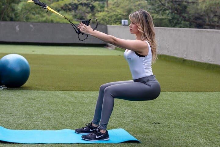 Cómo diseñar un entrenamiento TRX para ganar fuerza