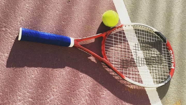 Los mejores consejos para mejorar tu servicio de tenis