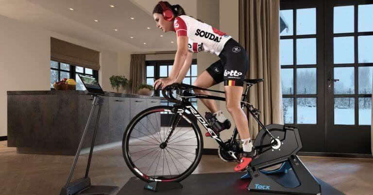 Las ventajas de practicar ciclismo en una bicicleta indoor
