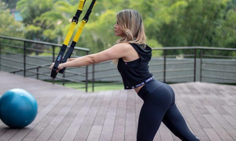 Ejercicios con TRX para fortalecer los músculos del abdomen