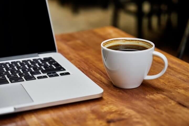 Consumir cafeína a diario hace que tu presión arterial aumente