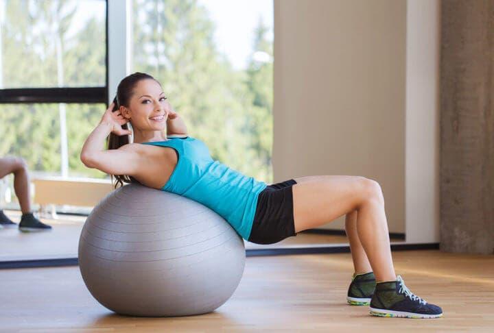 mejores ejercicios con fitball