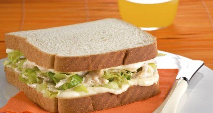 Cómo hacer un sándwich de pollo saludable