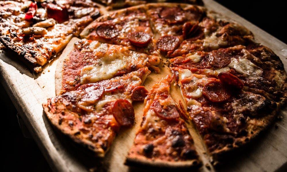 Recetas de pizzas con base de pollo y salsa barbacoa