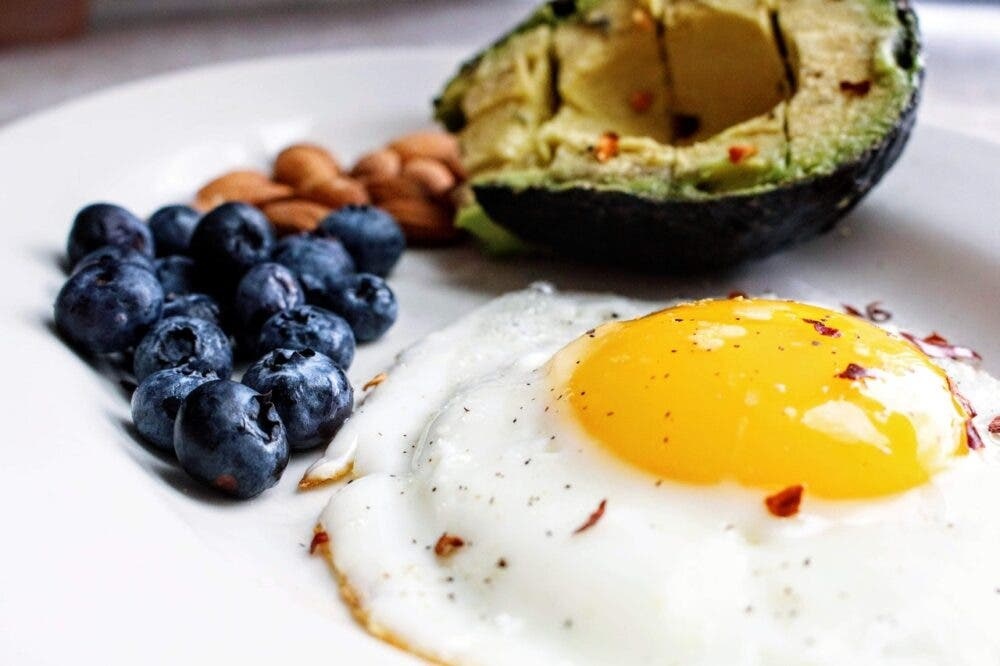 ¿Qué debes comer durante una dieta de definición sin carbohidratos?