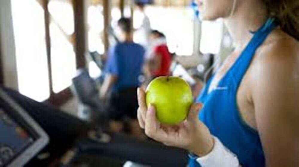 ¿Cuáles comidas son las más apropiadas antes y después de entrenar?