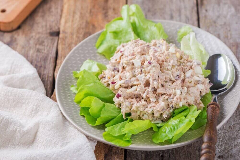 Fácil y rápida ensalada de atún