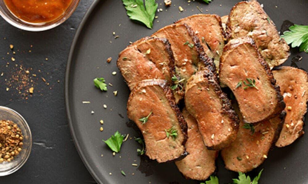 Hígado encebollado: una comida rica en nutrientes.