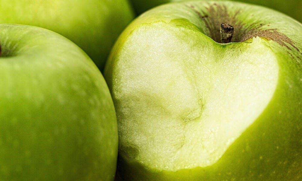 Propiedades medicinales de las manzanas: protección del cerebro