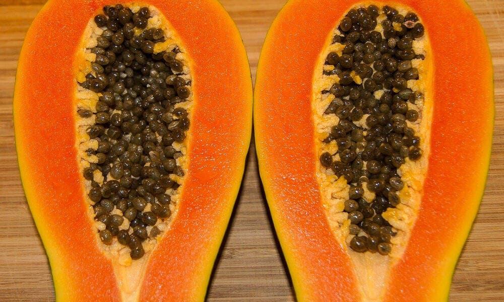 Principales beneficios que aporta la papaya por sus propiedades antioxidantes