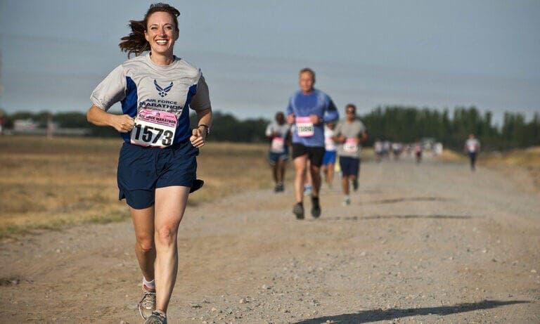 Mejora tus tiempos de carrera con un entrenamiento a medio plazo