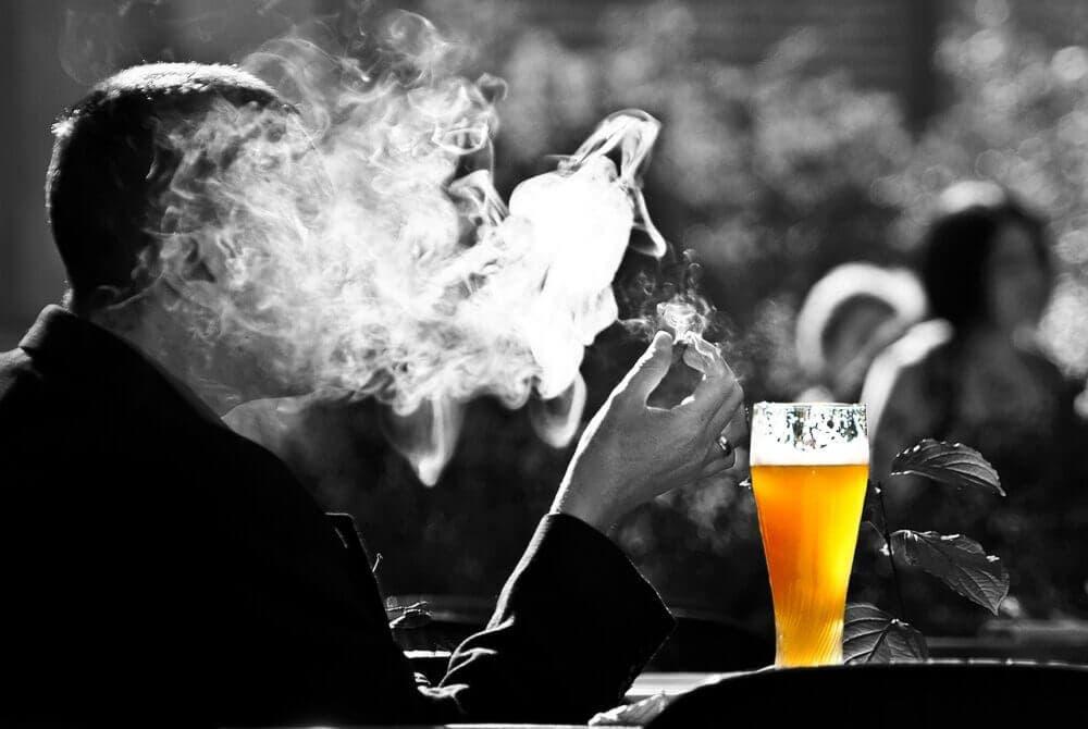 Dejar de fumar reduce el riesgo de padecer cáncer