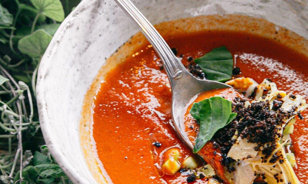 Beneficios que aporta el gazpacho más saludable del supermercado en España