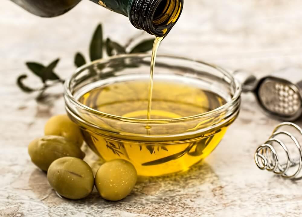 El aceite de oliva es rico en calorías