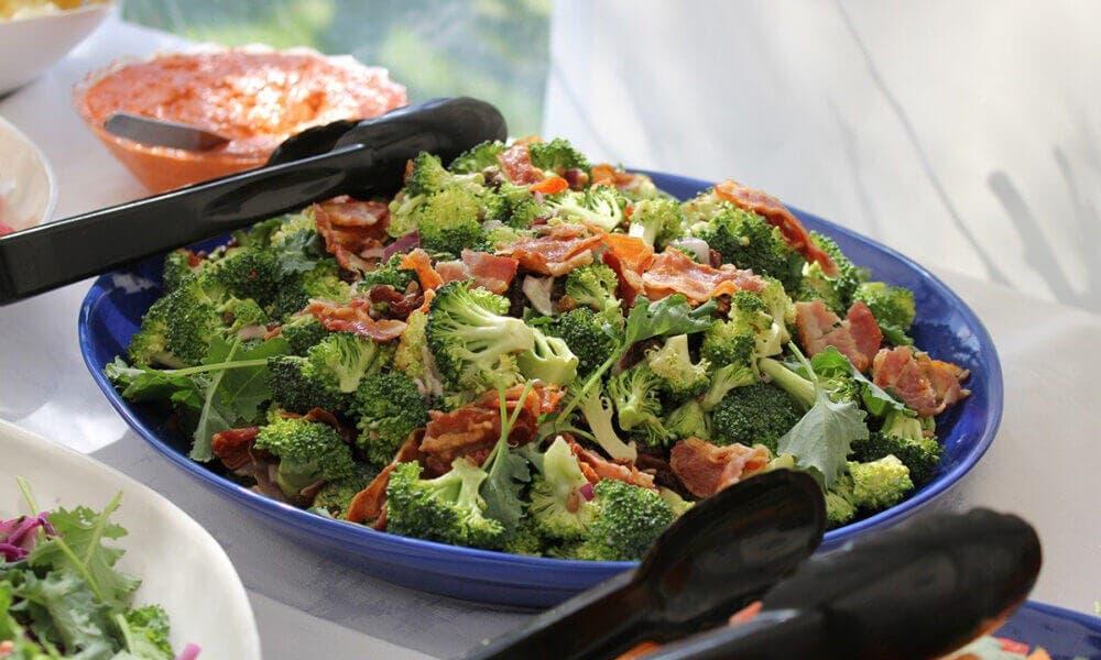 Receta de ensalada mixta con brócoli