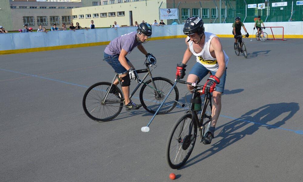 Bikepolo, un deporte que te ayudará a mejorar tu resistencia, fuerza y equilibrio