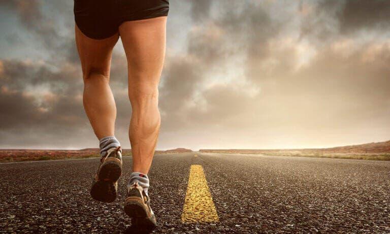 Consejos para evitar las piernas cansadas e hinchadas