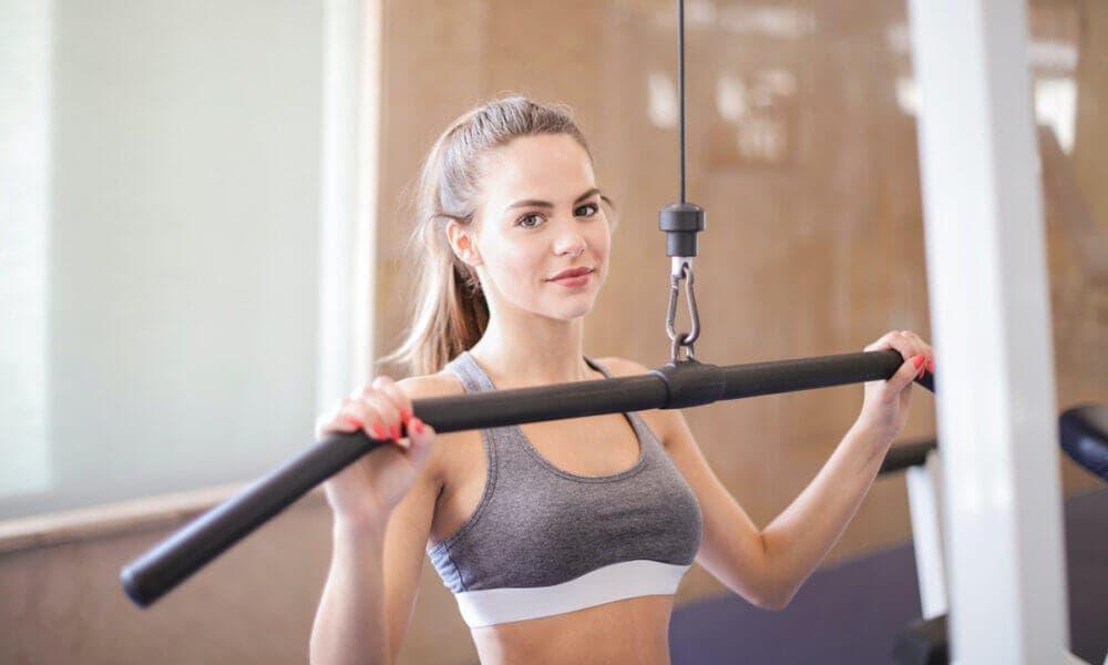 Plan de entrenamiento con superseries para ejercitar el cuerpo