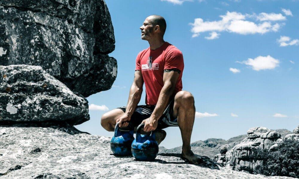 Ejercicios y rutina de entrenamiento con superseries para ganar masa muscular