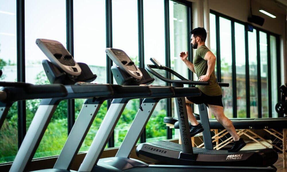 Calentamiento, un detalle que debes tener en cuenta al evaluar como volver a tus entrenamientos de running después de un parón o lesión