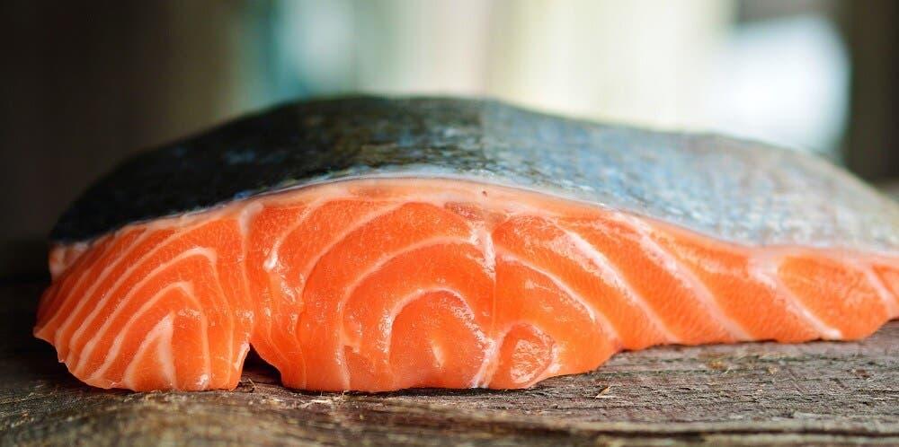 Salmón, un pescado saludable que comer antes de entrenar