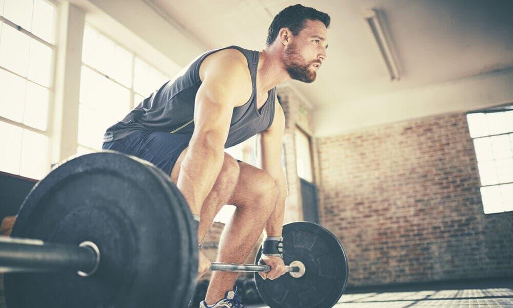 Beneficios para la salud ósea al levantar pesar y desarrollar tu musculatura