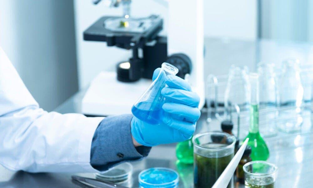 Posibles tratamientos para reducir el riesgo en pacientes con COVID-19