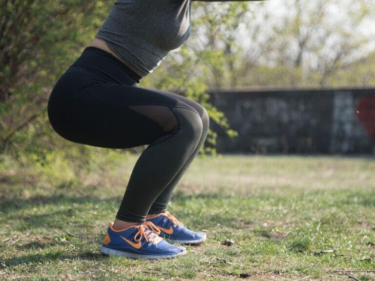 ejercicios para hacer cardio en casa sin máquinas
