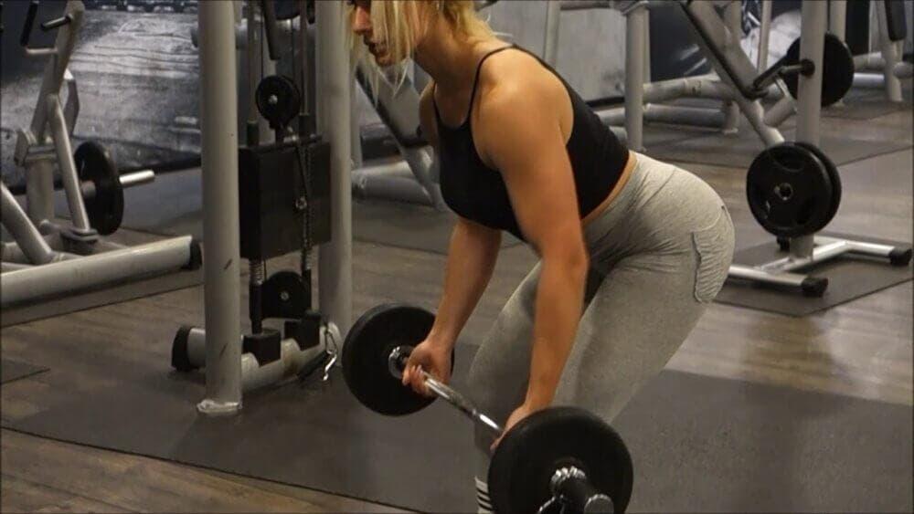 ejercicios para conseguir una espalda alta ancha