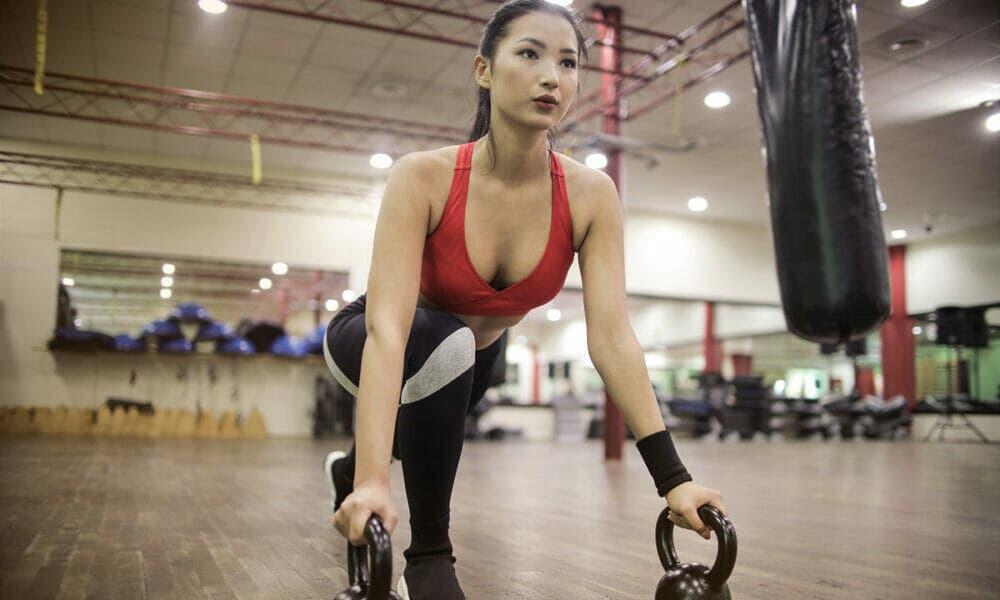 Claves para saber cómo respirar ejercicios de fuerza