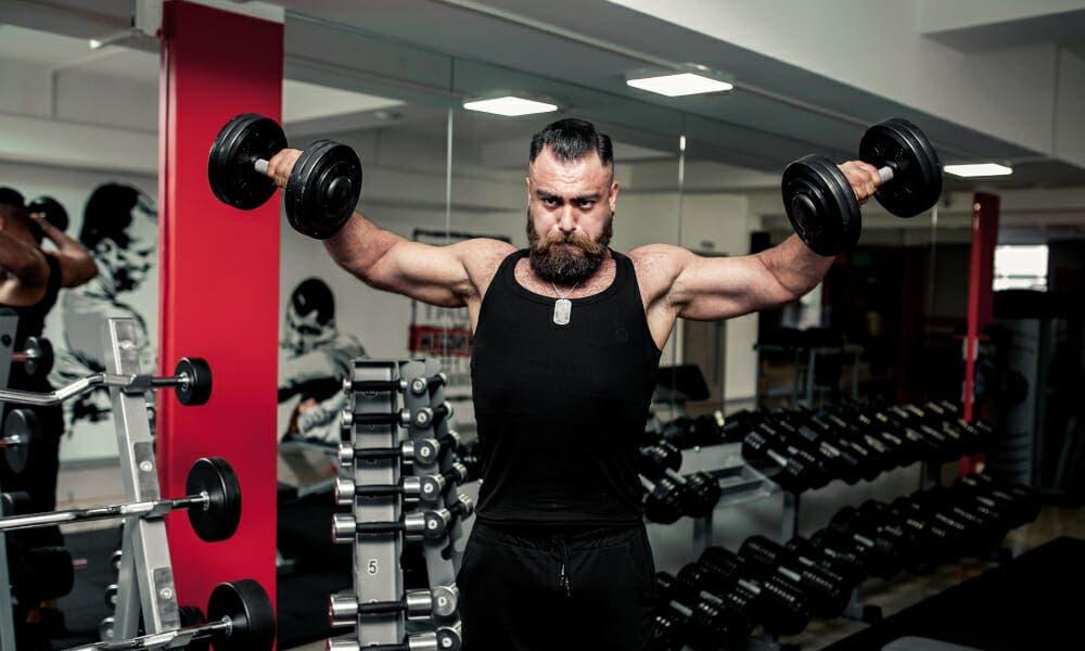 Entrenar hipertrofia en el gimnasio