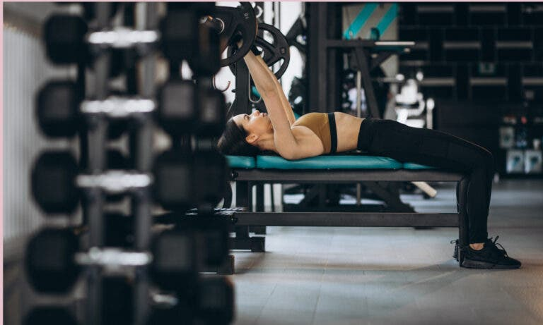 reducción de pecho en mujeres por entrenar pectoral