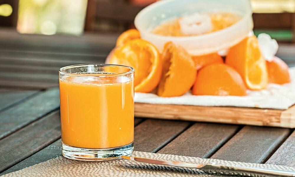zumo de naranja con proteínas: de desayunos veganos más rápidos