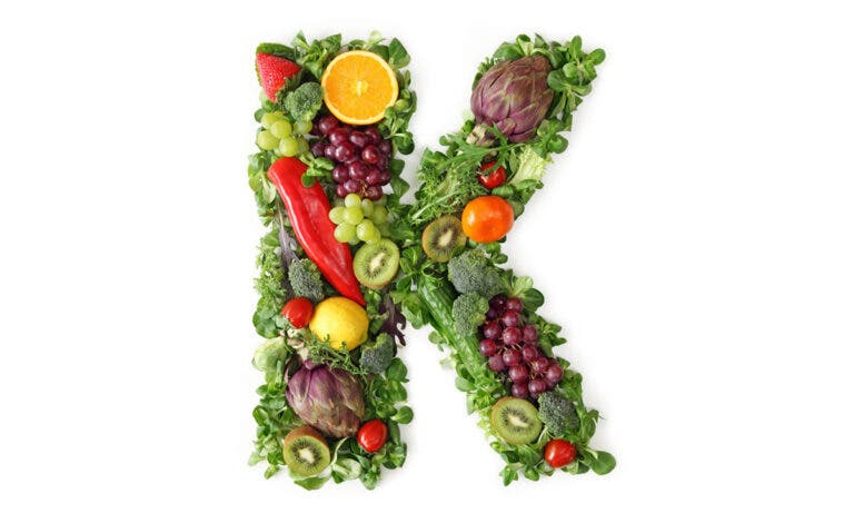 Beneficios de consumir vitamina K